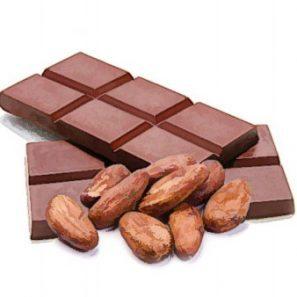 kakaové bôby v surovej čokoláde